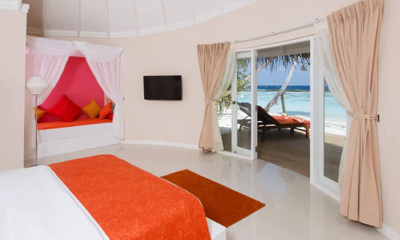 jacuzzi deluxe beach villas