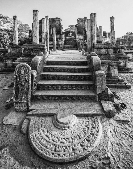 polonnaruwa_1833_jpg
